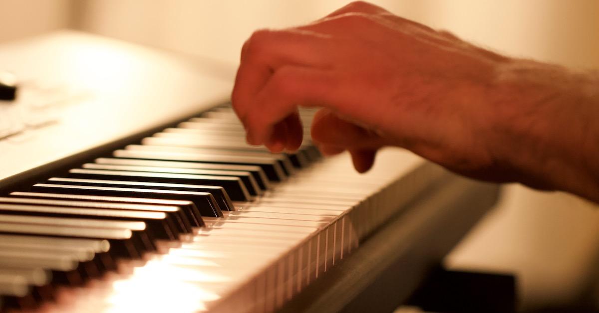 Klavier Hand